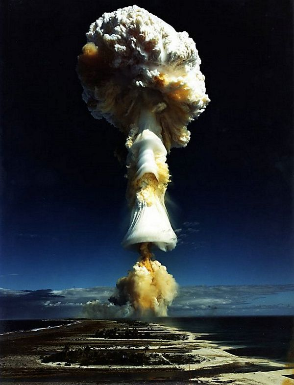 Nuclear_Explosion_01