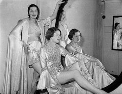 Grace Bros mannequin parade, Sydney, November 1936